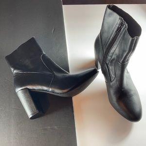 Steve Madden Miranda Black Leather Ankle Boots